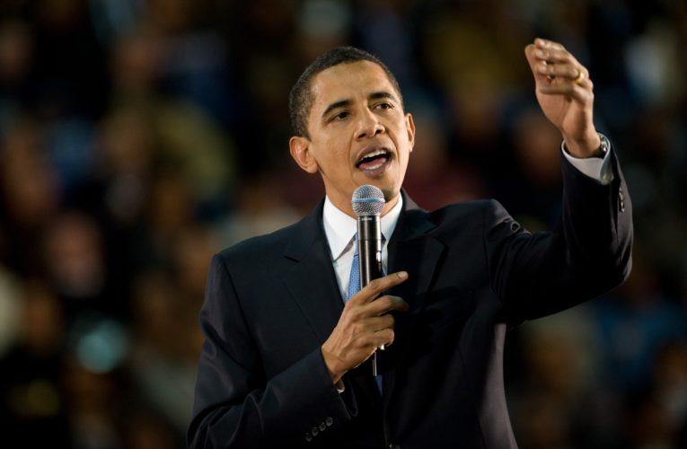 Obama asks a question on LinkedIn