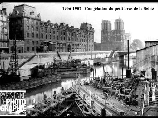 Construction of the metroplitain subway in paris 60 728
