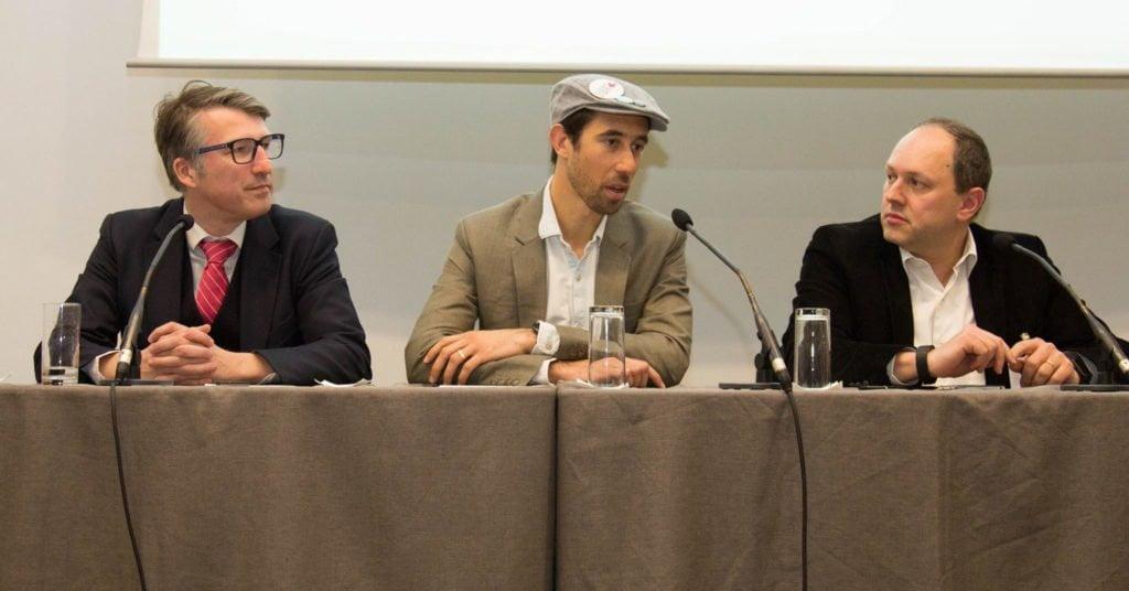 Guillaume Crunelle, David Fernandez et Patrice Slupowski ont apporté leur vision sur la voiture connectée