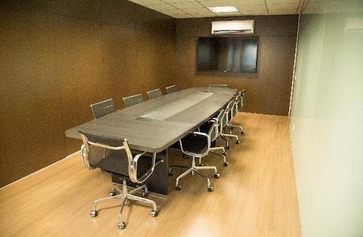 Près de 50% des réunions considérées comme non productives