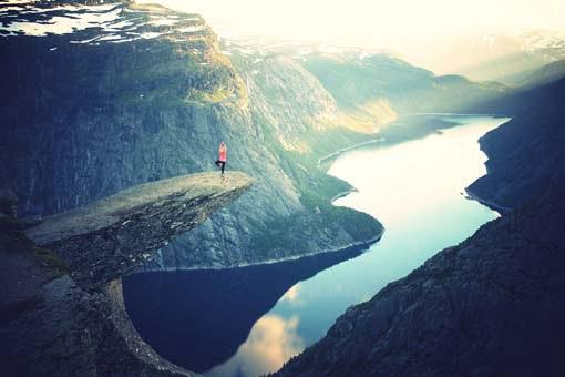 Enterprise 2.0 fear factor: Overcoming risks, uncertainties and doubts