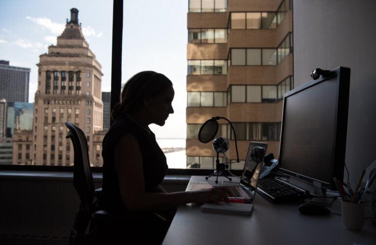 3 livres blancs pour parfaire votre vision du futur de l'environnement de travail